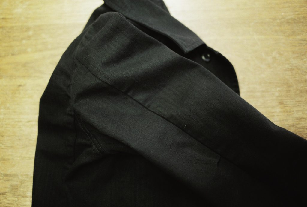 ピボットスリーブのような袖
