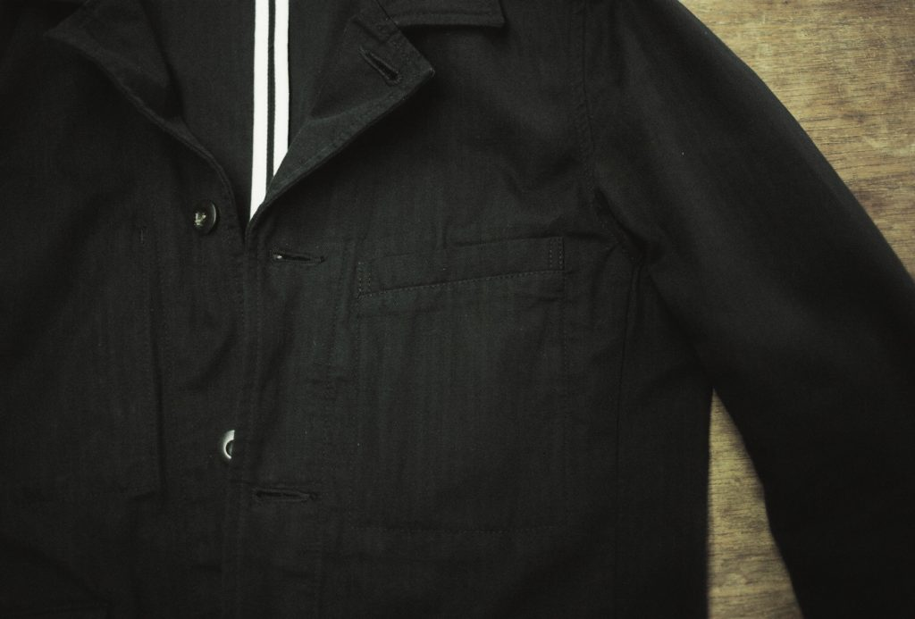 胸ポケット